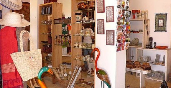 crafts-gifts-shop-at-entebbe-international-airport
