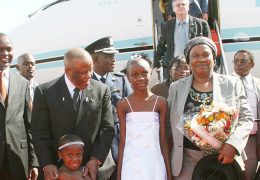 Botswana-President-and-First-Lady-at-Entebbe-International-Airport