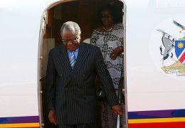 Namibian-President-arriving-for-CHOGM